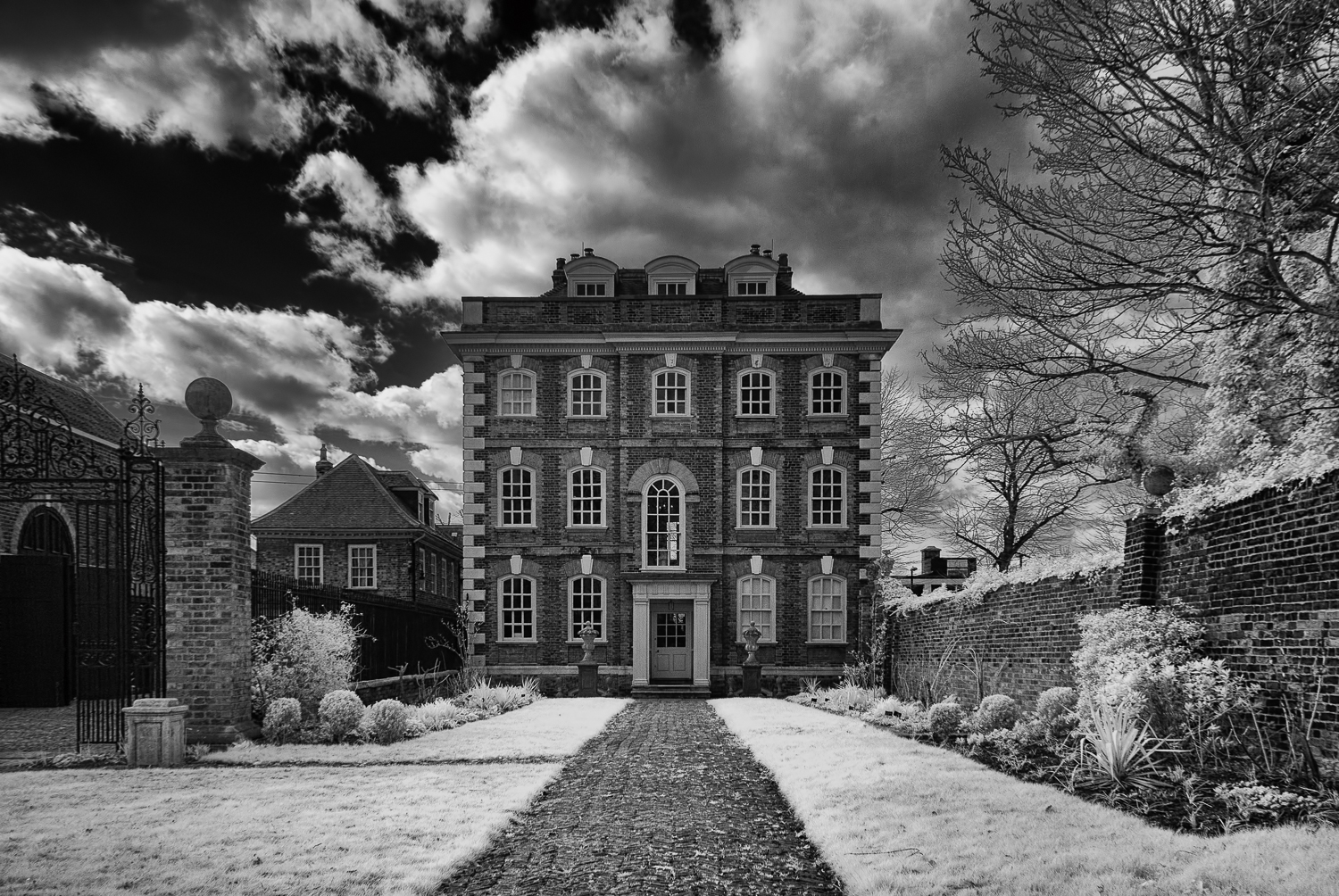 Rainham Hall - infra-red